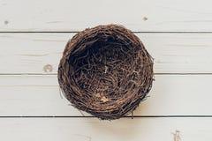 Tomt rede på wood bakgrund Royaltyfri Fotografi