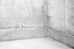 Tomt rum, hörn av vita stenväggar Royaltyfria Foton