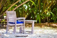 Tomt utomhus- kafé för sommar på den exotiska ön i det indiska havet Royaltyfri Foto
