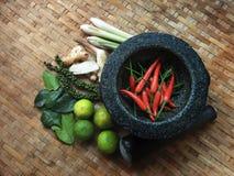 TOMYUM, de Thaise ingrediënten van het voedselkruiden Stock Foto's