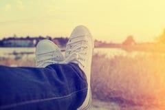 Tonårig flicka på ferie i sommar Arkivfoton