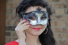 Tonårig maskeradmaskering Arkivbild