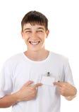 Tonåring med det tomma emblemet fotografering för bildbyråer