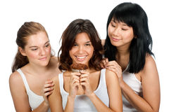 Tonåring med muffin arkivfoton