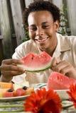 tonårs- afrikansk amerikanpojke Royaltyfri Fotografi
