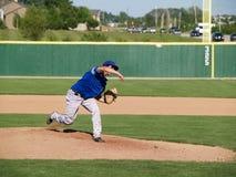 tonårs- baseballkanna Arkivbild