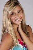tonårs- blond gullig flicka Royaltyfri Fotografi