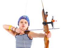 Tonårs- flicka som gör bågskytte Arkivbild