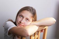 tonårs- flickastående Royaltyfri Fotografi