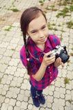 tonårs- kameraflicka Arkivbild
