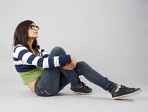 tonårs- moderiktigt för flicka Arkivfoton
