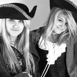 Tonårs- piratkopierar royaltyfria foton