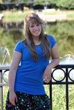 tonårs- tillfällig flicka Fotografering för Bildbyråer