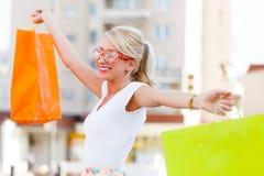 Ton der Entlastung beim Einkauf Lizenzfreie Stockbilder