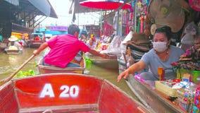 Ton Khem-het drijven markt, Damnoen Saduak, Thailand stock footage