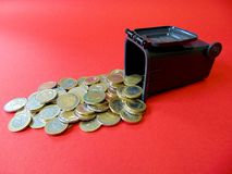 Ton of Money. Geld aus der Mülltonne! Money out of a Ton Royalty Free Stock Images