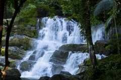 Ton Tok Waterfall Fotos de archivo