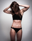 Tonad kvinnlig kropp Arkivfoto