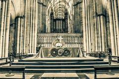 Tonalità spaccata di HDR dell'altare di York Minster Fotografie Stock Libere da Diritti