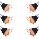Tonalità differenti di polvere cosmetica sciolta Immagine Stock