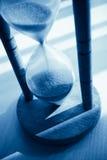 tonat blått timglas Royaltyfri Fotografi