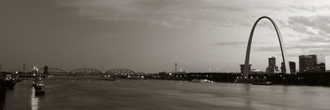Toned panoramic St. Louis. Panoramic sepia panoramic of St. Louis Arch and bridge in background Royalty Free Stock Photography