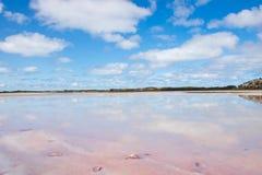 Toneel de bezinningsbinnenland Australië van Salt Lake Royalty-vrije Stock Afbeelding
