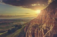 Toneel het plaatsen zonlandschap stock foto's