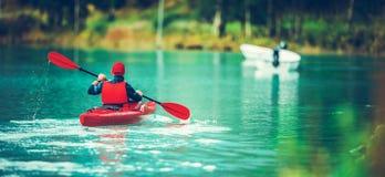 Toneel Ijzig Meer Kayaking royalty-vrije stock foto