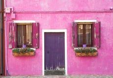 Toneel kleurrijk huis op Burano-eiland, Venetië Stock Foto's