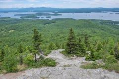 Toneel overzie op Onderstelmajoor in Maine stock fotografie