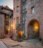 Toneeldean Village in de avond, in Edinburgh, Schotland royalty-vrije stock foto's