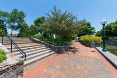 Toneelgebied in Carrol Creek Promenade in Frederick, Maryland Royalty-vrije Stock Foto