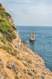 Toneelkustlijn op de Zwarte Zee dichtbij Yalta, de Krim Stock Foto