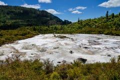 Toneellandschapsmening van het geothermische park van Orakei Korako Stock Foto