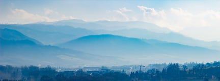 Toneellanscape met heuvels in het gebied van Emilia-Romagna royalty-vrije stock foto