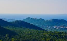 Toneelmening naar Adriatische overzees van Kroatië stock fotografie