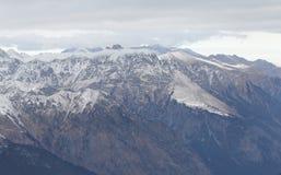 Toneelmening van de bergen, skitoevlucht Dombay Royalty-vrije Stock Afbeeldingen