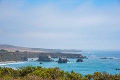 Toneelmening van de Kustlijn Vreedzame Weg 1 van Californië Stock Foto