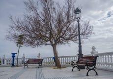 Toneelmening van de Oude Stad op een bewolkte dag in Benidorm, Costa Blanca, Spanje Stock Fotografie