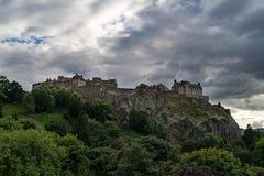 Toneelmening van het Kasteel van Edinburgh op Castle Rock, Edinburgh royalty-vrije stock foto