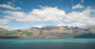 Toneelmening van Meer Wakatipu, Road van Glenorchy Queenstown, Zuideneiland, Nieuw Zeeland Stock Afbeelding