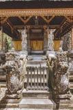 toneelmening van mooie oude architectuur van Tempel Complexe en Koninklijke Graven, stock afbeelding