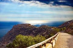 Toneelmening van vesting over Middellandse Zee stock fotografie