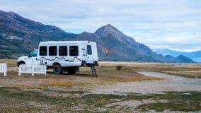 Toneelmeningen van Estancia Cristina en Glaciar Upsala, Patagonië, Argentinië royalty-vrije stock fotografie
