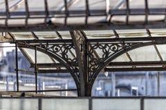 Toneelroute over de daken van Vittorio Emanuele II Galerij Highlinegalerij, Nouveau-stijlschuilplaats, Milaan, Lombardije, Italië Stock Foto
