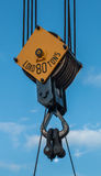 80 toneladas de Crane Pulley Imagens de Stock