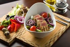 tonfisk för främre sallad för fokus selektiv Arkivbild