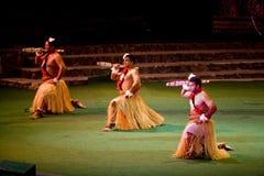 Tongaanse Dansers op Polynesisch Cultureel Centrum Stock Afbeelding