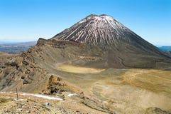 Tongariro die, Nieuw Zeeland kruist Stock Foto
